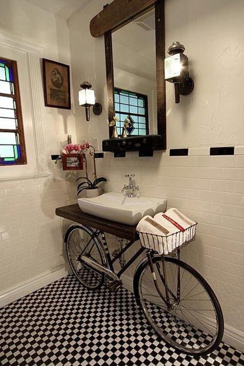 111011-bikebathroom