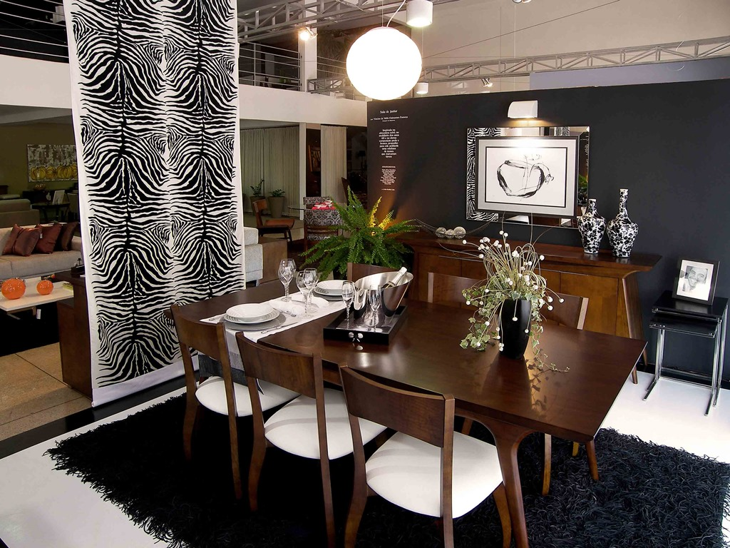 Lustres E Pendentes Como Escolher O Melhor Para A Sua Decora O  -> Lustres Para Sala De Jantar Com Mesa Quadrada